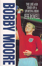 Bobby Moore Biography - The Life and Times of a Sporting Hero - West Ham United