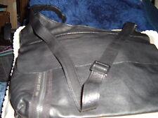 DKNY BLACK LEATHER CROSS BODY MAN BAG