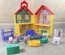 PEPPA PIG Play House Playset Furniture & 3 Figures Yellow 17 Piece
