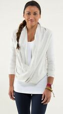 NWT Lululemon Iconic Wrap Womens Heathered White Size 4 SOLD OUT
