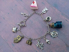 Alice in Wonderland fandom Charm bracelet - chester cat - red queen - cosplay