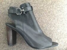 Ladies Coach New York  black leather shoes size 37.5 BNWT