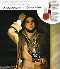 PUBLICITE ADVERTISING 055  1977  CHARLES OF THE RITZ  vernis ongles rouge à lèvr