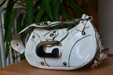 Designer Guess white patent Handbag/Shoulder Bag.