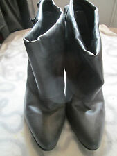 DOROTHY PERKINS - DARKEST GREY PULL ON ANGLE BOOTS Shoes size 6 uk 38 EURO
