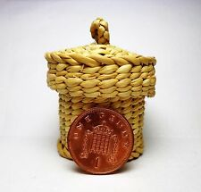 1:12  Handmade Laundry Basket & Lid Doll house Miniatures Accessories