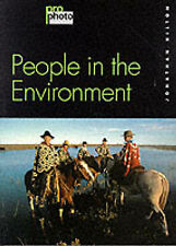 Photographing People and Environment by Jonathan Hilton (Pro Photo Book,1999) VG