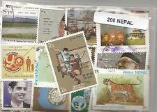 Lot de 200 timbres du Nepal