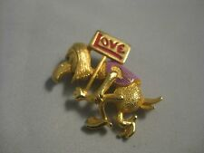 vintage jewelry JJ gold tone brooch pin very cool