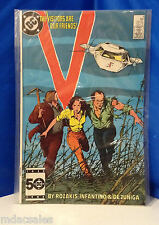 DC COMICS V THE VISITORS ARE OUR FRIENDS! ISSUE 8 SEPT. 1985