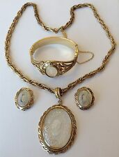 VINTAGE WHITING AND DAVIS SIGNED INTAGLIO PENDANT NECKLACE BRACELET & EARRINGS