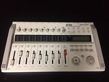 Zoom R16 MultiTrack Recorder Interface & Controller R 16 Track USB Recorder