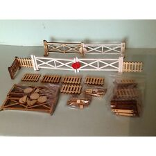 FOUR LARGE CROSSING GATES AND EIGHT FENCE PANELS WITH POSTS GARDEN RAILWAY SCALE