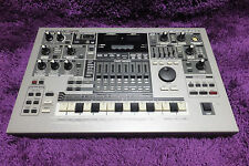 used ROLAND MC505 MUSIC SAMPLER mc-505 Groovebox Worldwide Shipping! 161027