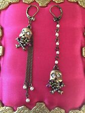 Betsey Johnson Vintage Pirate Skull & Crossbones Rose Pearl Mismatch Earrings