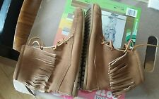 Minnetonka ankle Boot Moccasins tan Fringe lace up euc size 9 womens 7 mens