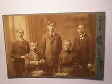 Neutitschein u. Fulnek - Familie - Mann & Frau & 3 Jungen - junge Männer / KAB