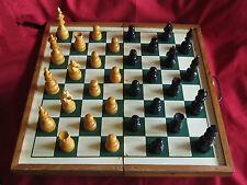 ancien jeu d'echecs en bois DEL ROSARIO
