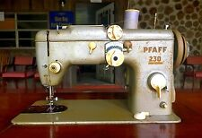 Antique Pfaff 230 Sewing Machine With Built In Sewing Table , Made In Germany