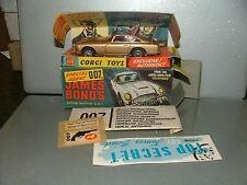 VINTAGE CORGI 261 JAMES BOND DB5 MINT WITH MINT BOX ENVELOPE BADGE GLOSS