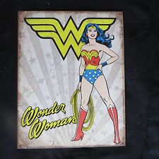 Wonder Woman Heroic- 40 x 32 cm-Retro Rustic Metal Tin Sign Man cave