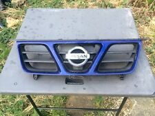 Nissan X-trail Front Grill In Blue