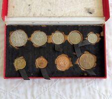 1950 9 MONETE PROOF ANNO impostato nella scatola originale di colore rosso