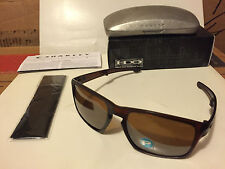 NEW Oakley Silver F Sunglasses Dark Amber / Tungsten Iridium Polarized OO9246-05