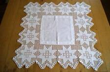 VINTAGE IRISH LINEN TABLECLOTH TEACLOTH Crochet Lace Border & Ladderwork #T35