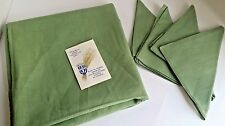 Vintage Belgian Flax Linen tablecloth and 4 napkin set green