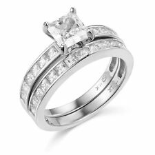 14k  White Gold Engagement Ring and Wedding Band 2 Piece Set size 7