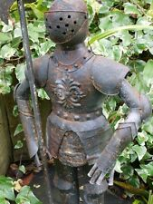 QUIRKY METAL RUSTY STYLE SUIT OF ARMOUR IDEAL INDOORS/OUTSIDE