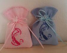 Sacchetti per confetti ricamo madonnina nascita punto croce tela aida colorata