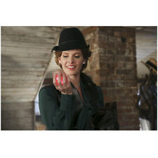 Rebecca Mader Once Upon a Time holding glowing heart 8 x 10 Inch Photo