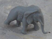 Figurine des années 1970, collection La Roche aux Fées, l'éléphant