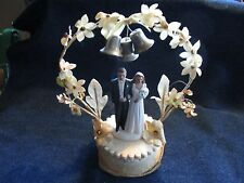 Vtg 1940's 50's bride & groom wedding chalkware cake topper w/ bells