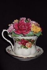 "ROYAL ALBERT ""Old Country Roses"" Musical Porcelain Tea Cup WORKS GREAT"