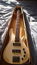 NUOVO 4 CORDE ELECTRIC BASS GUITAR CON PICK ATTIVO upswhite