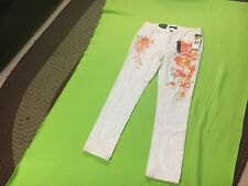 CHAPS Women's NWT White Slimming Fit Skinny Leg Jeans or Capris. Size 6
