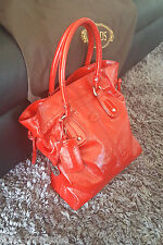 *TODS* RED PATENT LEATHER SHOPPER BAG