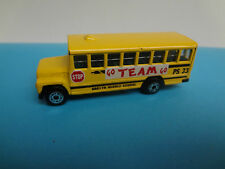Matchbox School Bus Go Team 1:95 von 1985
