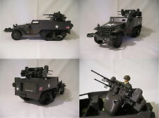 1/18 White Motor Company M3 Halftrack M16 MGMC. 1940 WWII - Forces of Valor