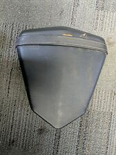 2006 2007 Yamaha YZF R6 R6R YZFR6 rear Back Passenger Seat Pillon Saddle OEM