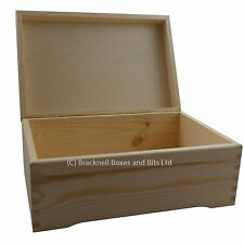 Large Pine Wood Storage Box with feet DD403 case chest trunk wooden