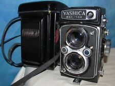 Vintage YASHICA Mat 124 TLR Camera Yashinon 80mm Lens,2.8 3.5 w/Case J00189