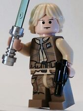 LEGO STAR WARS LUKE SKYWALKER JEDI CUSTOM  100% NEW LEGO PARTS BESPIN ATTIRE