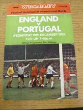 10/12/1969 angleterre/portugal [à wembley] (légère plié). objet en très bon c