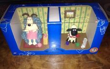 Collectable Wallace And Gromit - Gromit And Shaun The Sheep - Bookends. Unused.