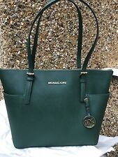 BNWT Michael Kors Jet Set Top Zip Tote