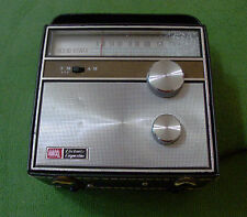 VINTAGE ROSS MODEL RE-1200N TRANSISTOR RADIO.NEEDS MINOR REPAIR..BLOWOUT PRICE